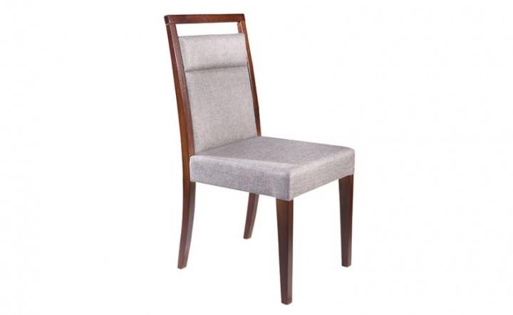 Cadeira estofada com diversos tecidos a escolha e estrutura em assento