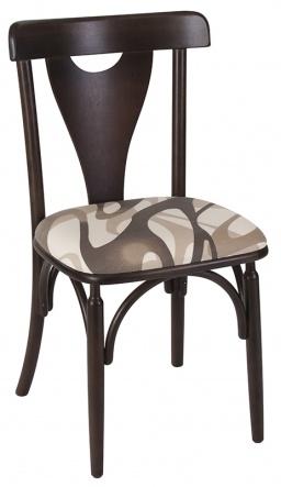 Cadeira em madeira estofada